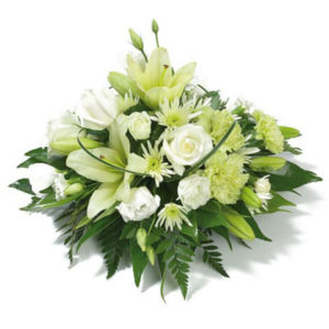 lovely-funeral-posy-1426-p